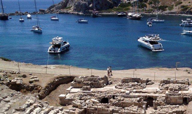 Archäologischer Yachtcharter