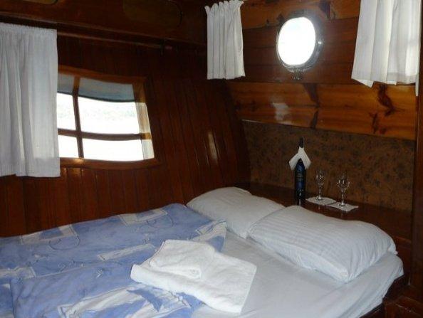 Arielle Deniz