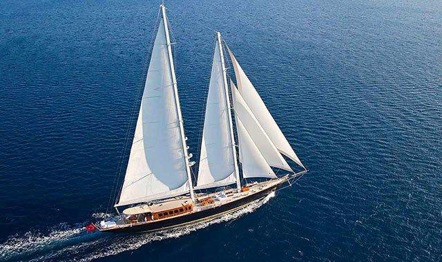 Luxus Segelyacht Charter