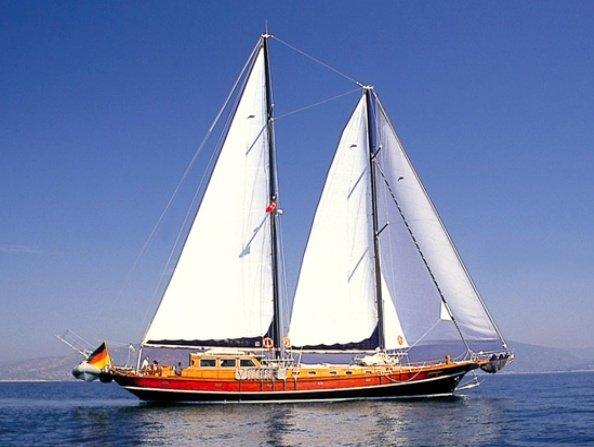 xenos 3 gulet | charter yacht xenos 3, Badezimmer ideen