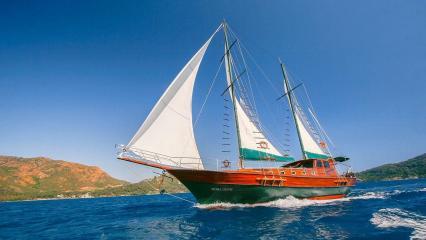 Dora Deniz Gulet