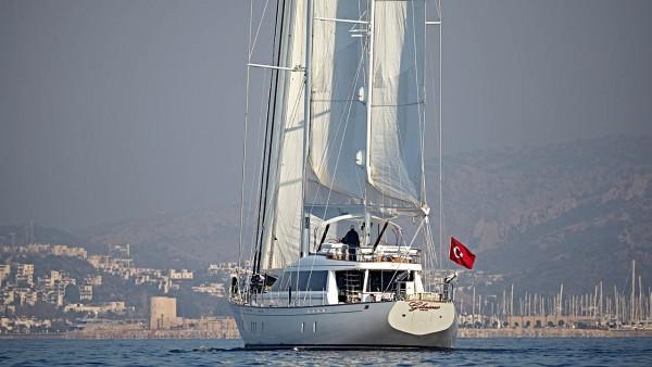 Segelyacht Glorious
