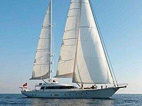 Glorious Segelyacht