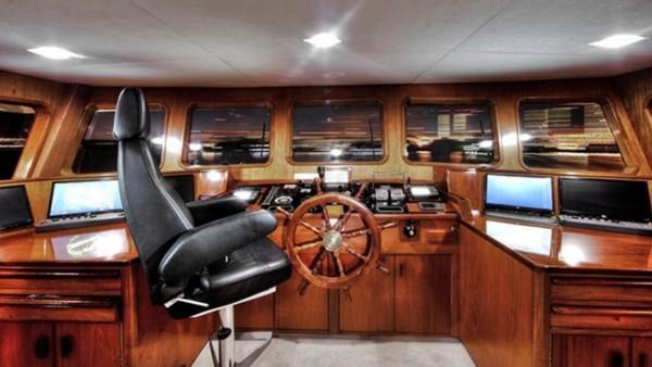 Motoryacht Aga 6
