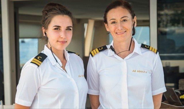 Luxus-Yachtcharter-Crew